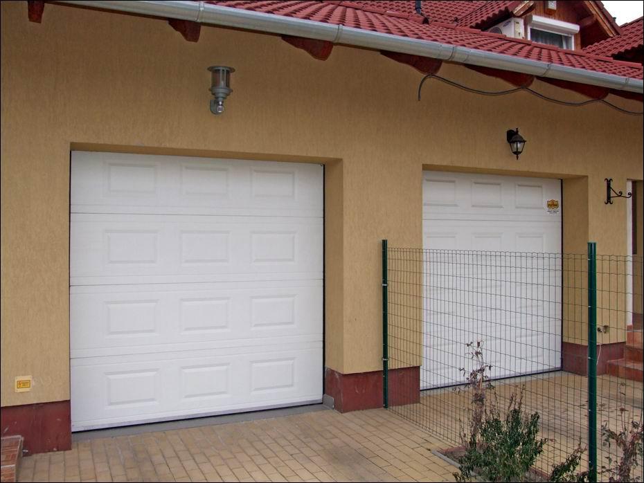 Az ECOTOR hőszigetelet garázskapuk szebbé teszik otthonát és még a fűtés költségeit is csökkentik